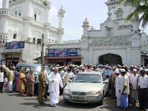 Sheikh Nazim's visit in May 2001